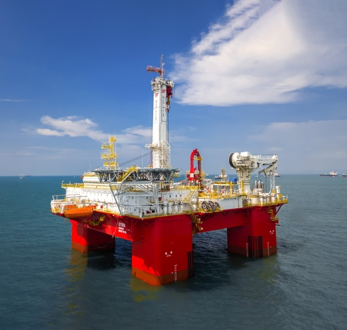 The Helix Q7000 to spark Australian decommissioning